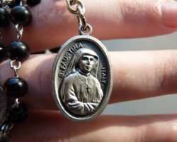 St. Faustina: The Divine Mercy Chaplet for Priests